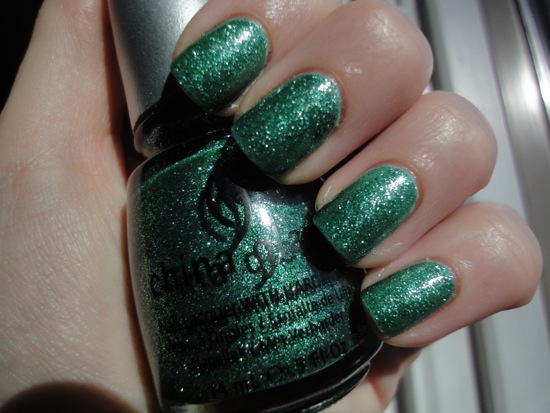 China Glaze Mistletoe Kisses over Essie Mint Candy Apple