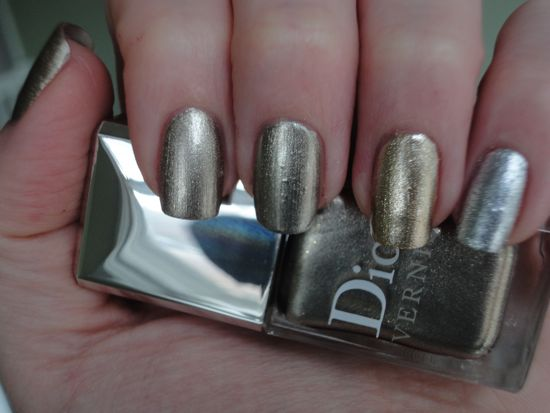 Dior Timeless Gold, BB Couture Blind Love, China Glaze Midnight Kiss, China Glaze Cheers to You