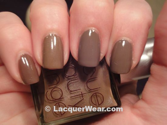 CND Sophia, Browns