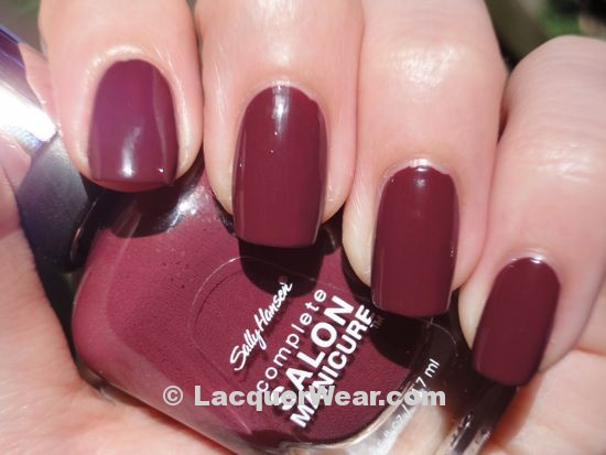 Sally Hansen Summer Plum
