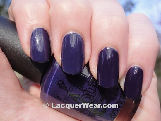Essie No More Film, OPI Sapphire in the Snow